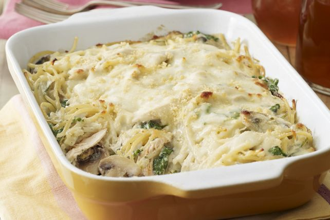 Chicken Tetrazzini Florentine: that's just another name for a baked chicken and pasta casserole.  Also known as dinner for 6 with 25 minutes of prep.