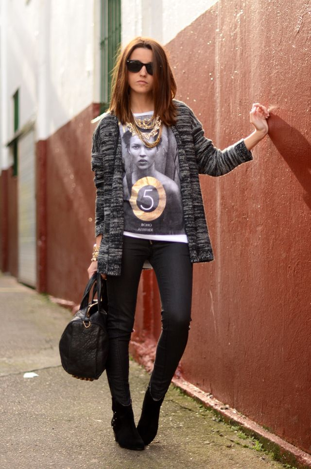 Alexandra od @lovelypepa rocks her own collection for @Kirsty Young, a must have @Kat Ellis moss tee and bag by @Alexander Forsén Wang: http://www.fashionindie.com/vivaluxury-is-festive-in-armaniexchange-chiaraferragni-in-sigersonshoes-lovelypepa-wears-her-own-designs-for-krackonline/# #katemosstee #alexanderwang #lovelypepa #streetstyle