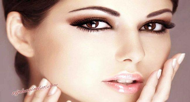 #guzellik #makyaj #gozmakyaji #bugulumakyaj #bugulugozler #bugulugozmakyaji Makyaj yapmanın püf noktaları, buğulu gözler, buğulu bir makyaj yapma. Buğulu makyaj nasıl yapılır?