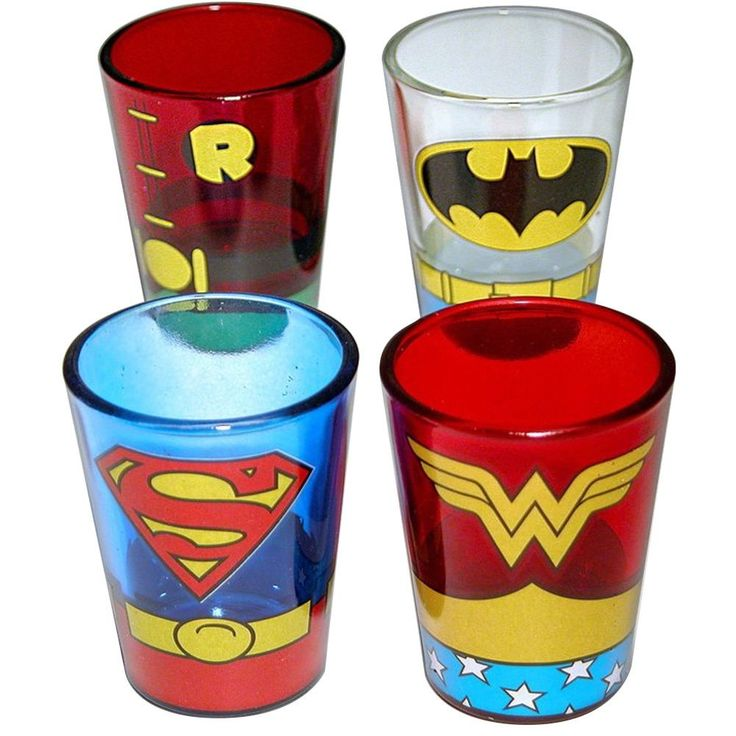 Your favorite superheroes' uniforms are now on these four shot glasses. Featured on these pint glasses are the uniforms of Batman, Robin, Superman, and Wonder Woman. This item comes in a four pack and