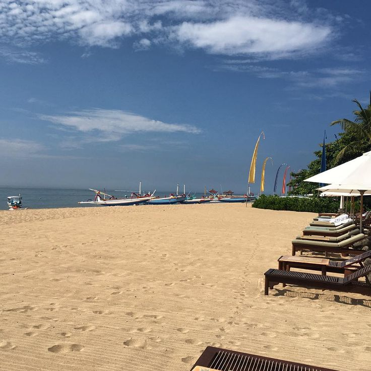 Sanur beach - this bustling resort town has been popular with holiday makers for almost 100 years. I took this photo on the manicured, private beach of the Tandjung Sari Hotel, a hotel rich with history & beauty, who has hosted guests for over 50 years. . . . .