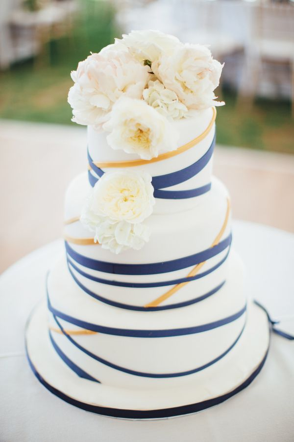 nautical wedding cake best 25 nautical wedding cakes ideas on 17732