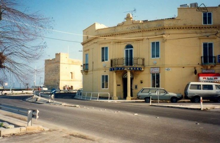 The Sea Cliff Hotel on Tower Road in Sliema before it was demolished in 1988. Thanks to Alfred Caruana for the pic