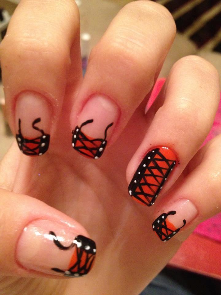 Francesinha descolada e linda!!! Os melhores produtos para suas unhas, você encontra em: www.lojadeesmaltes.com.br