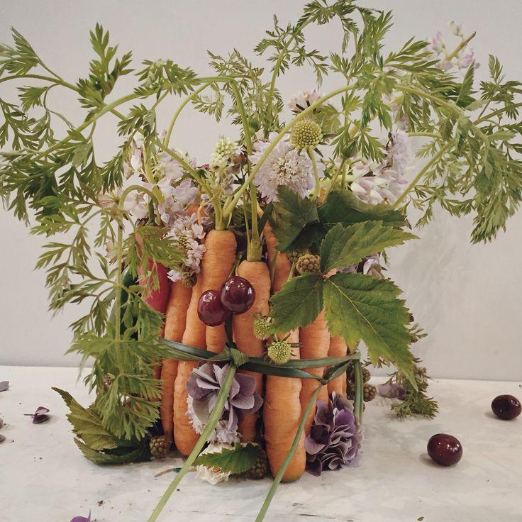 Vegetable flower centrepiece.  Catherine Muller Flower School in London and Paris