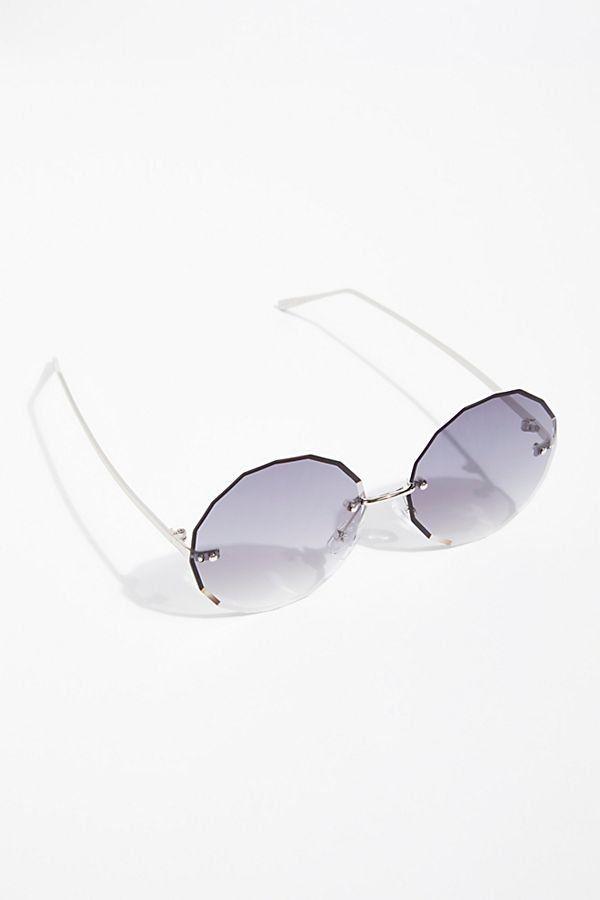 59f3ecea1e5 Glam Girl Oversized Sunglasses - Beveled Edge Circular Sunglasses