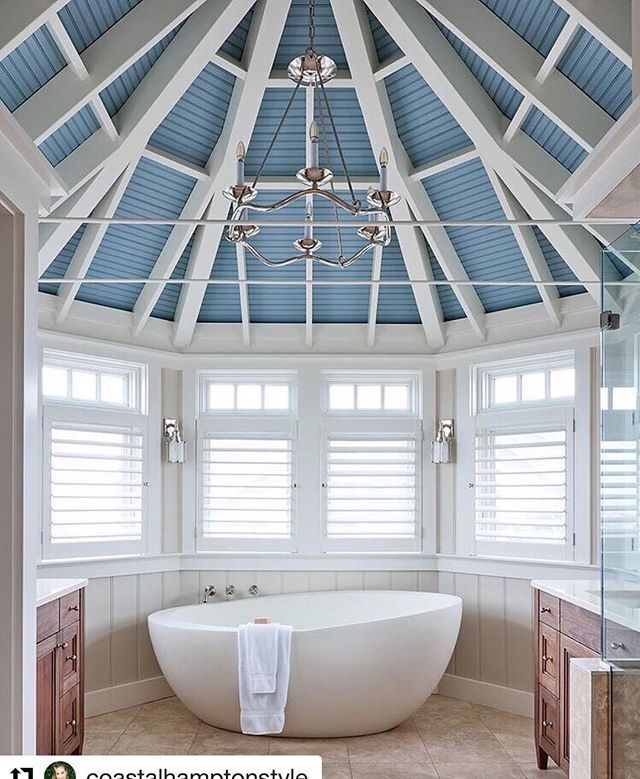 Oh I do wish to be beside the seaside. Shutters are a great way to give a coastal feel to a room. And check out that amazing ceiling #inspire #Repost @coastalhamptonstyle  Via @houseofturquoise By @southernstudio . . . #bathroom #bathroomdecor #bathroomideas #bathroominspo #bathroomtiles #ceiling #bathroomdesign #instabathroom #blueceiling #bathtub #blueandwhite #coastalliving #coastalstyle #coastalhome #beachhouse #beachstyle #beachhome #luxuryhome #homeideas #homeinspo #homeinspo…