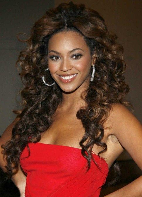 Beyoncé Knowles Long Brown Curly Hairstyle