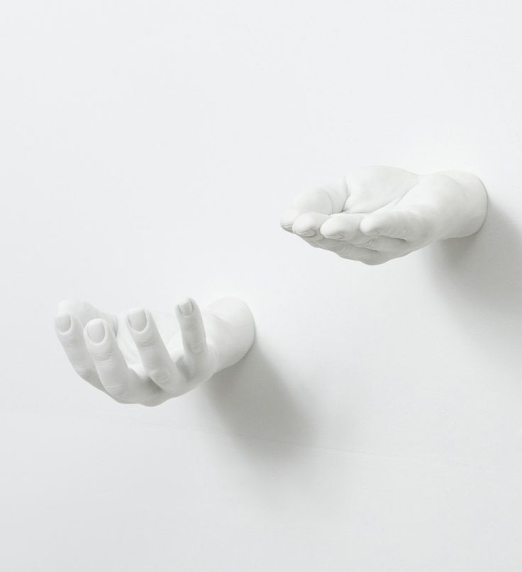 Give him a hand this holiday season. Get these offer & grab hand holds at swenyo.com