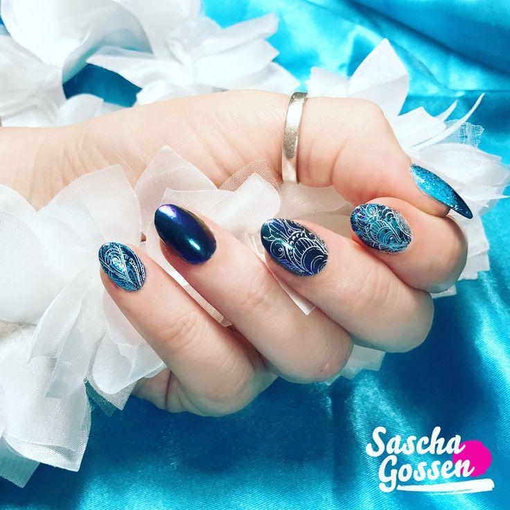 So happy with these colors! CND™ SHELLAC™ Cerulean Sea, Loveness violet/green Quartz pigment, Lecenté glitters, foil and :YOURS loves Lecenté stampingplate. #instanails #inspiration #bluenails #nail #nails #nailpro #nailart #quartz #loveness #lecente #lecenteglitter #laprofilique #foil #CND™ #cndworld #cndshellac #cndnederland #nailswag #nailart #nailpro #nailaddict #nailstagram #nails2inspire @laprofilique @lovelecente @cndnederland @bibisnaildesign_loveness