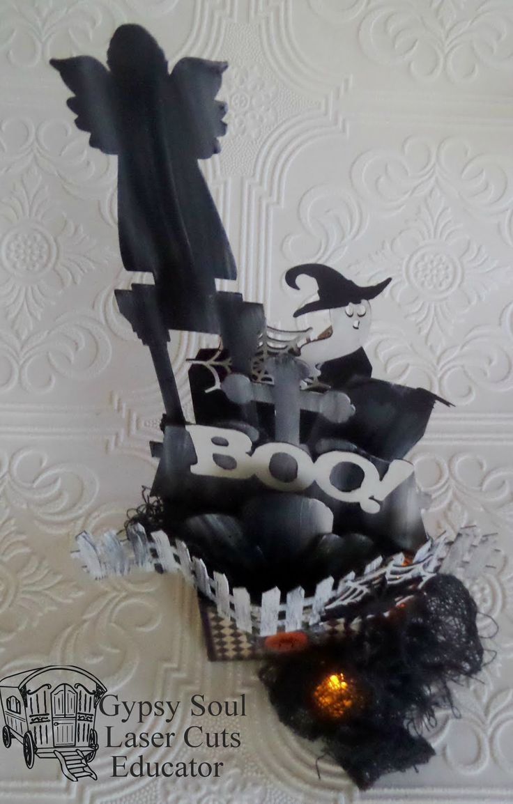 Good morning everyone. Today I have a few Halloween goodies to share with you. First up is a piece made with the Artist Trading Blocks ,...
