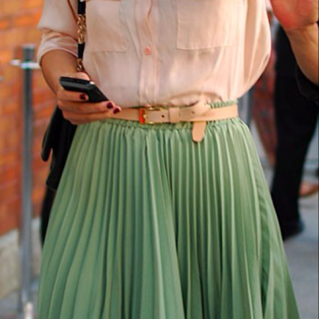 Pleats and slouch