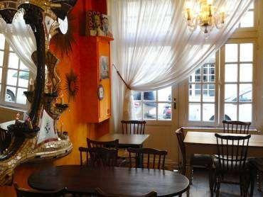 Hotel Jeanne d'Arc, Paris