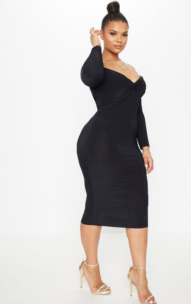 Marie S Style Because You Need A Plus Size Little Black Dress For Summer Https Thecurvyfashionist Plus Size Black Dresses Plus Size Outfits Plus Size Posing