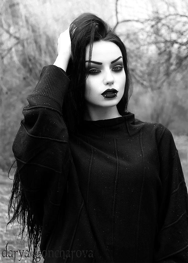 Darya Goncharova. Desde Rusia, con amor.