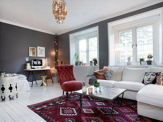 Bilder, Vardagsrum, vitt golv, Matta, fotölj, Soffa - Hemnet Inspiration