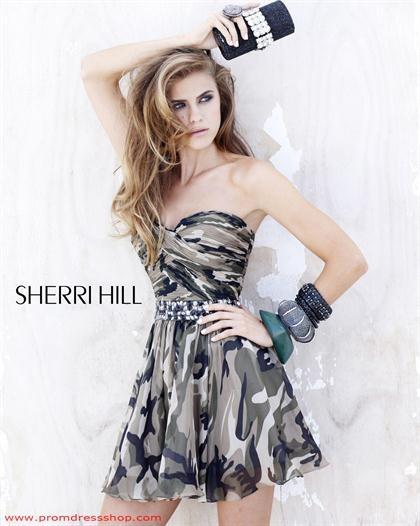Sherri Hill Short 2905 at Prom Dress Shop