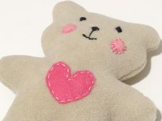 HOW TO SEW QUICKLY A LOVABLE LITTLE SOFT BABY TEDDY BEAR :http://sewtoy.com/free-toy-sewing-pattern/how-to-sew-quickly-a-lovable-little-soft-baby-teddy-bear/