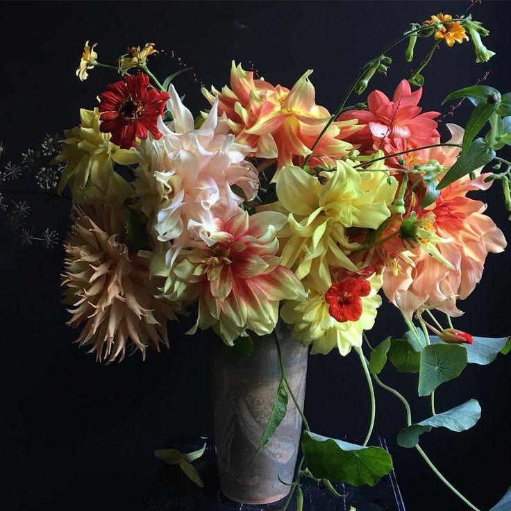 «Flowers are getting blowzy. #yellow #orange #dsfloral #dscolor #porcelain #potsinaction #instapottery #instagram #handmade #design #color #craft #dahlia…»