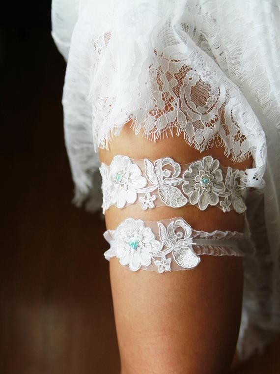 4eba38945be Wedding Garter Set Bridal Garter Belt - Ivory Blue Garter Lace Garters Belts  - Keepsake Garter Toss Garter - Something Blue Wedding Gift