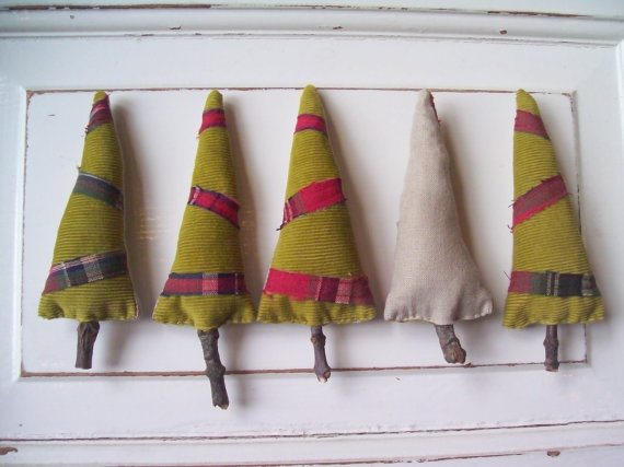 Upcycled and fabulous. Great craft for the kids/beginning sewers. I LOVE these little trees!