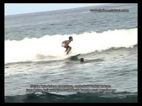 Pantai Bakaro Ritual Pemanggil Ikan yang Unik di Papua Barat - Papua Barat