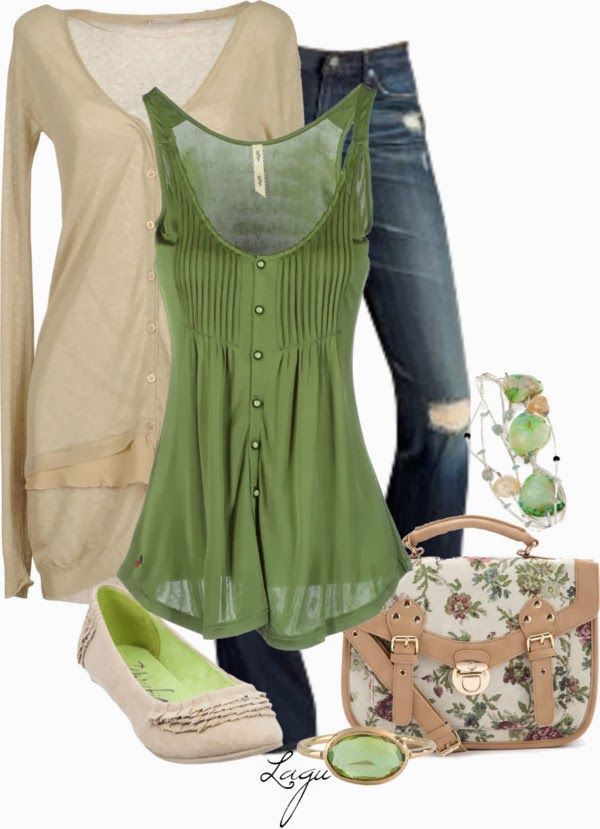 Dresses for Apple Shaped Women | Found on fabfashionistatrends.blogspot.com