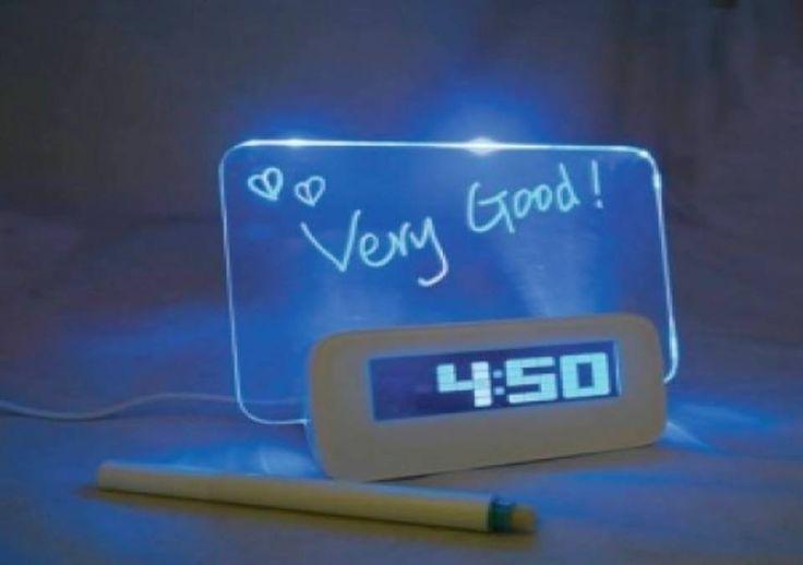 Sveglia con lavagna in vetro luminosa oggetti design