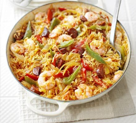 Spanish rice & prawn one-pot - serve in one of our colourful #LeCreuset shallow #casserole dishes
