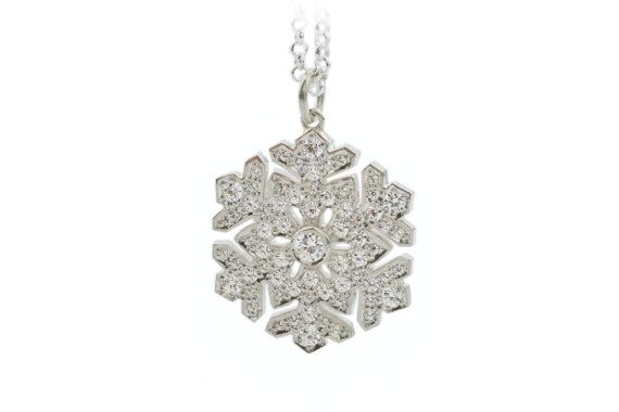 Snowflake pendant. Diamond and white gold snowflake