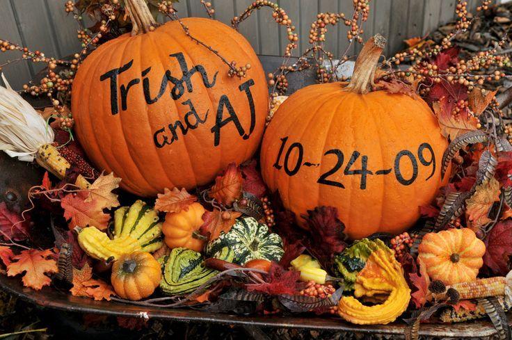 Pumpkins- Bride&Grooms name, wedding date
