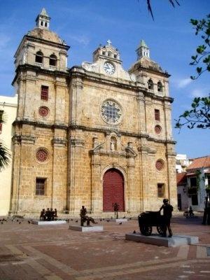 La iglesia de San Pedro Claver se considera como  la más importante arquitectónicamente por su solidez y valor estético. Su valor histórico y cultural la hacen como un sitio valioso para la ciudad de Cartagena que vale la pena conocer