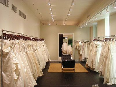 Discount wedding dress boutiques
