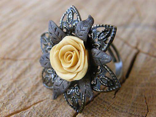 eglantineART / Zlatá ruža