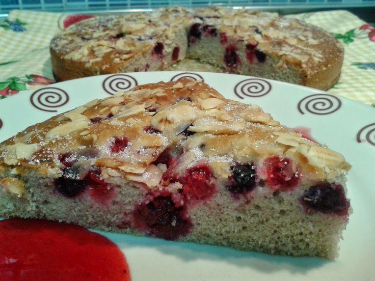 PURA, COCINA SIN GLUTEN: Pastel de frutos rojos y almendras sin gluten