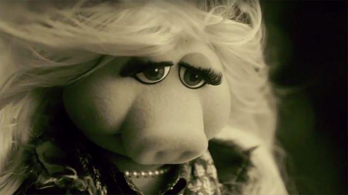 Miss Piggy Channels Adele S Hello Miss Piggy Piggy Tv Spot