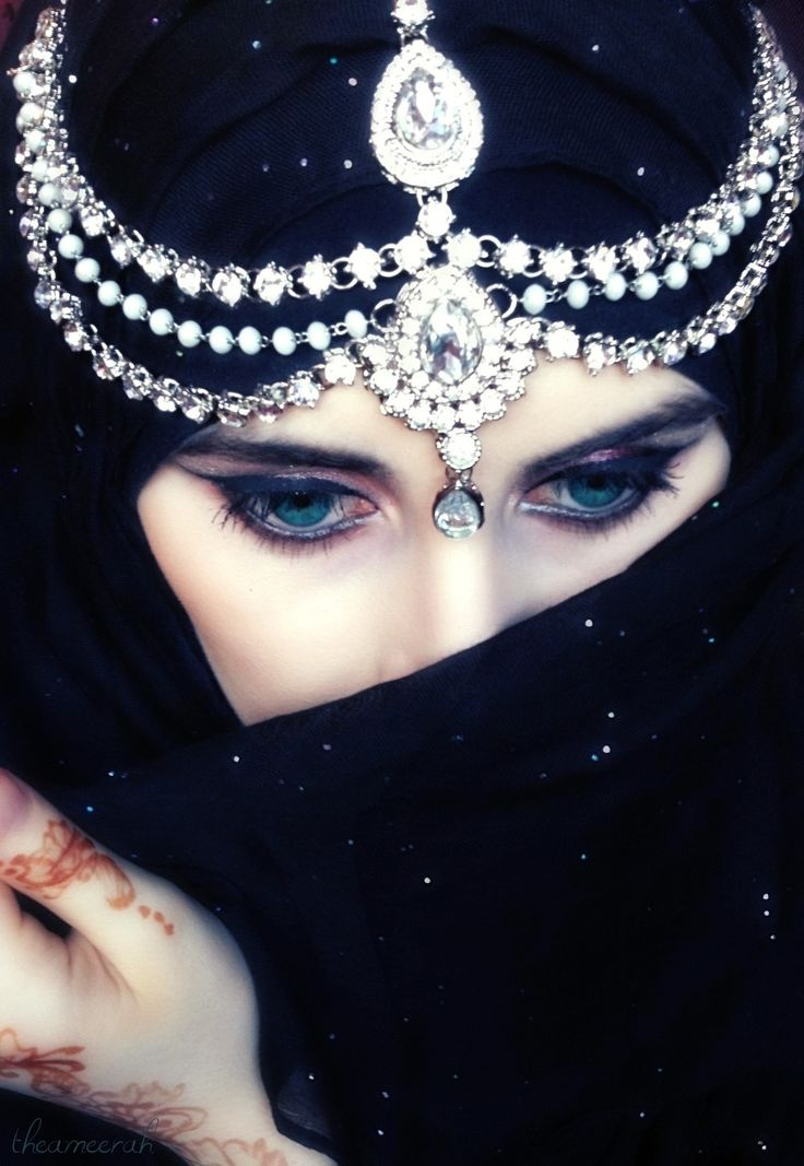 17 Best images about Arabic Eyes on Pinterest | Smoky eye ...