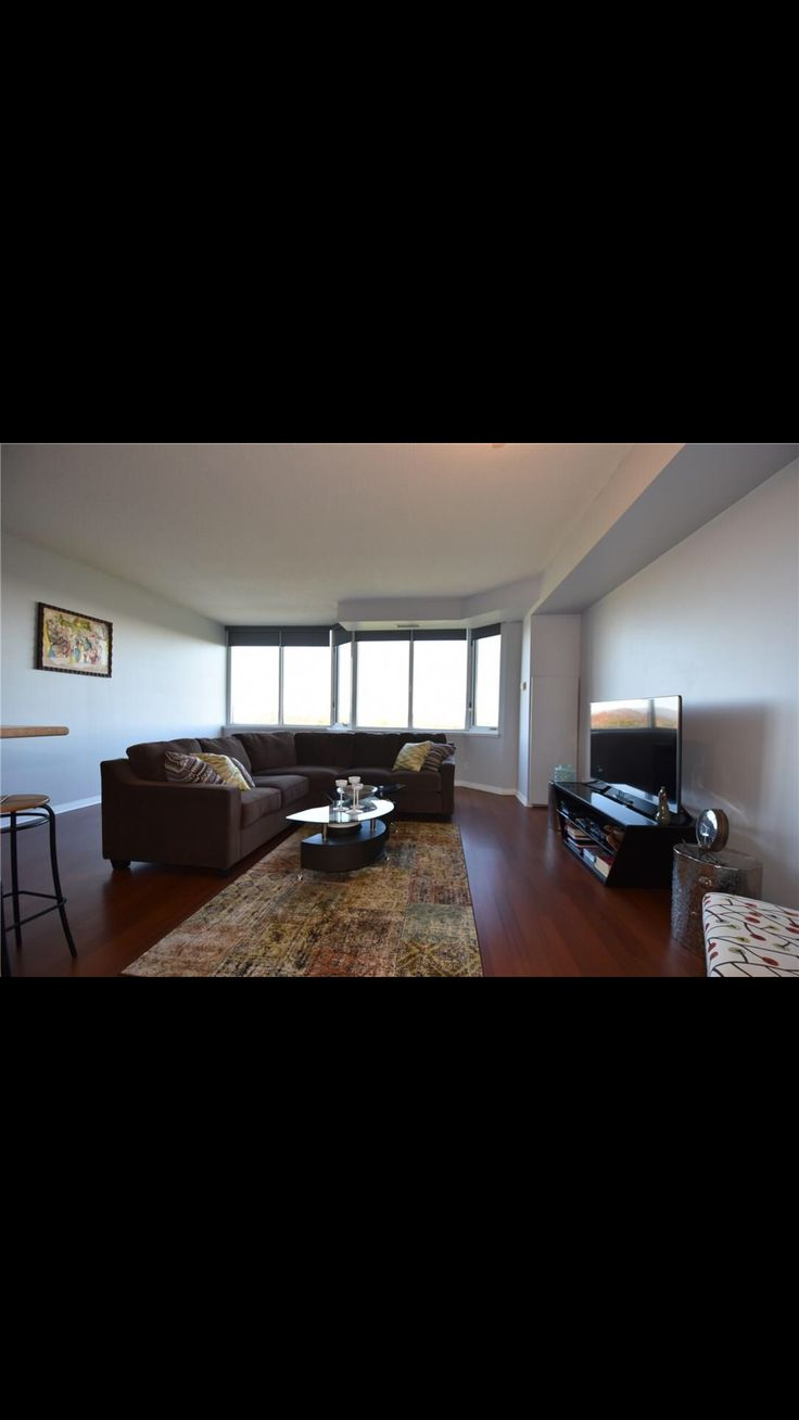 For Rent- Available February 1st 1 bedroom  1 bath  Hamilton West Mountain location #hamilton #hamont #realestate #property #rental #apartment #view #investment #investing #montainvestments #monta_inv
