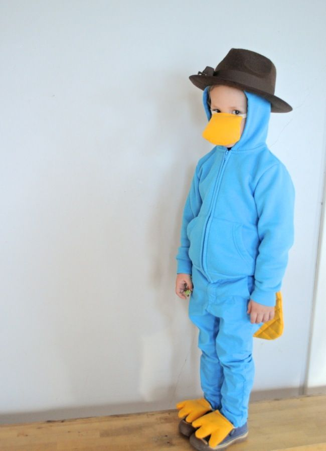 Get inspired for last-minute DIY kids' Halloween costumes with these ideas by Elsie Marley.