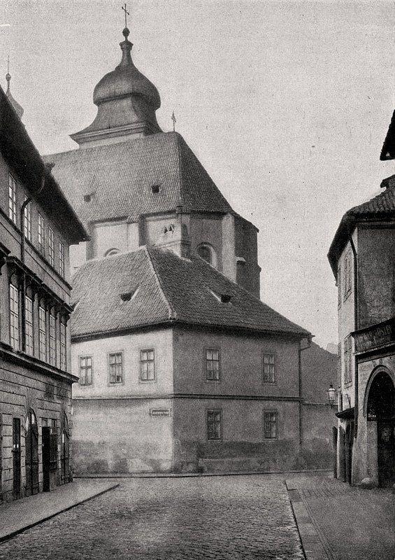 """Praha Neznámá on Twitter: """"Pražské ghetto 1902. Dušní ulice. Fotografie Jindřicha Eckerta.  https://t.co/JU23jDyJi1 https://t.co/auAXpH4ZJp"""""""