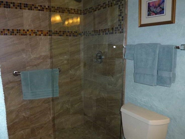 Bathrooms With Tile Walls photo