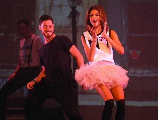 DWTSGossip Zendaya And Val The Brothers Chmerkovskiy