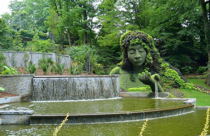 7.} Take a Zen walk, and let brunch settle as you meander through the gorgeous grounds of the Atlanta Botanical Garden.