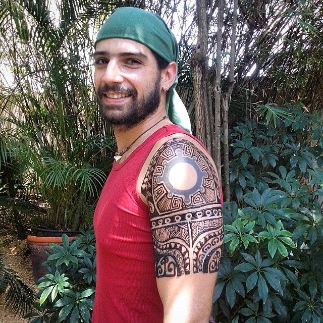 Menna Trend Sees Men Wearing Intricate Henna Tattoos: Henna Around An Existing Tattoo