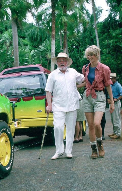 """""""No reparé en gastos"""" es la frase que repite una y otra vez, Sir Richard Attenboroug en  Jurassic Park"""