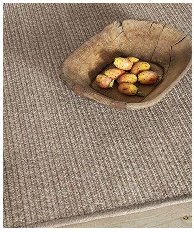 Alfombra de sisal trenzado. Fibra natural y alfombras a medida para que quedan perfectas en cualquier espacio.