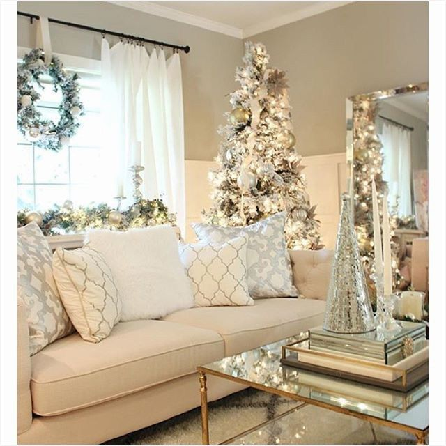 41 Fancy Christmas Living Room Ideas That Will Amaze You Comedecor Christmas Living Rooms White Christmas Decor Holiday Decor