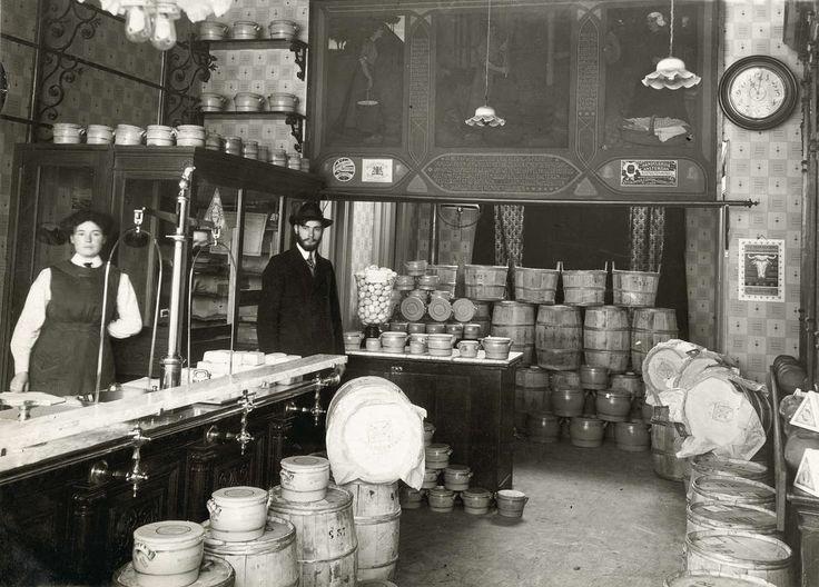 1000 images about winkels van vroeger on pinterest for Interieur winkels
