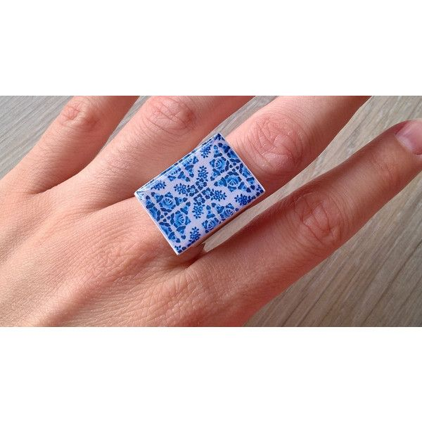Portuguese tile ring, Portuguese tiles replica, Portuguese jewelry,... (1.310 RUB) ❤ liked on Polyvore featuring home, home decor, inspirational home decor, blue home accessories, blue home decor and spanish home decor