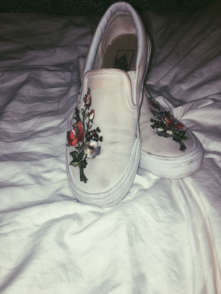 DIY cute embroidered floral vans